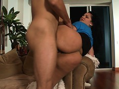 The girls bring it all with Gisseles giant ass and Jazmynes huge natural titties. We had a full days worth of ass fondling and pussy popping. Violet V